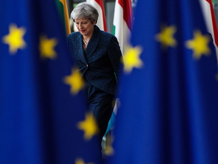Theresa May says there is no alternative to the Chequers plan