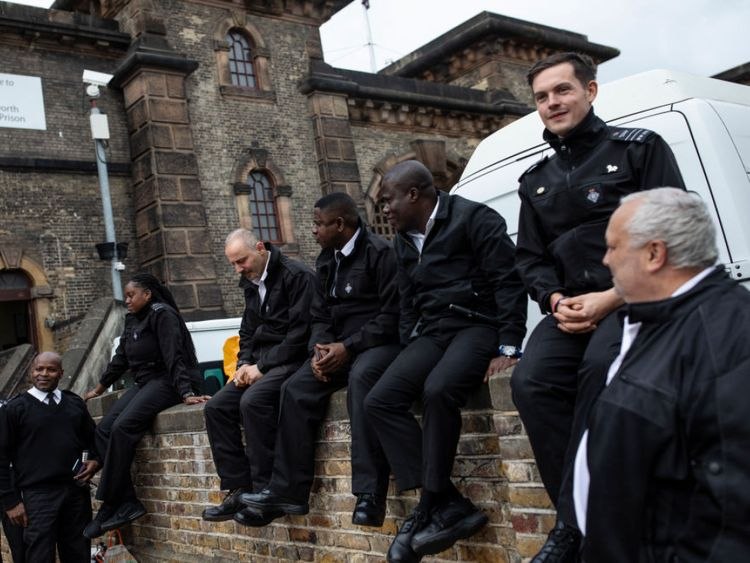 Prison staff at HMP Wandsworth staged a walk-out