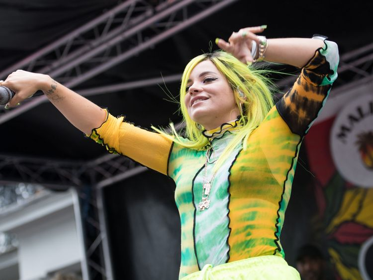 Lily Allen performs at Notting Hill Carinval