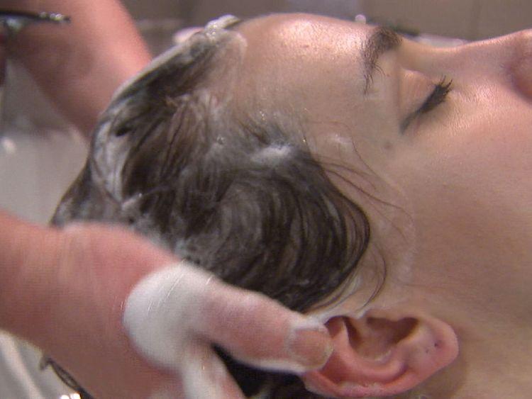 Salon hair wash treatment